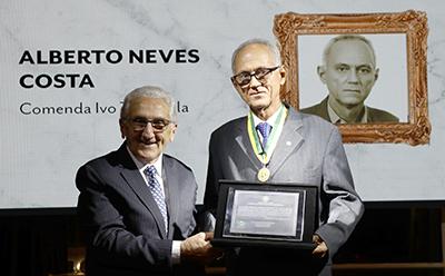 Alberto Neves Costa