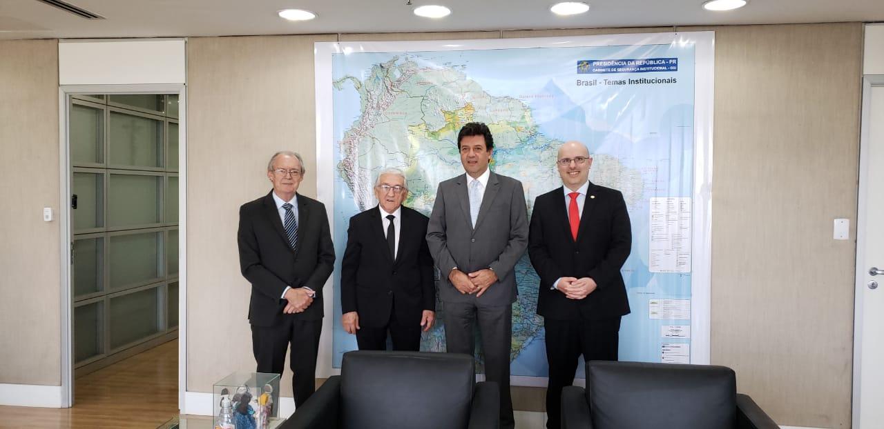 Diretoria visita ministro da Saúde, Luiz Henrique Mandetta