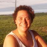 """""""Da fazenda ao prato, trabalhando com responsabilidade e sustentabilidade, respeitando as melhores práticas de bem-estar animal"""". Cursou graduação e mestrado na Faculdade de Zootecnia e Engenharia de Alimentos da Universidade de São Paulo (FZEA-USP), tem Ph.D. em Animal Sciences pela Rutgers - The State University of New Jersey e MBA em Nutrição Animal pela Didatus, além de pós-graduação e MBA em Gestão de Projetos pela ESALQ - USP. Sua experiência profissional abrange Equideocultura, Nutrição e Alimentação de Animais Monogástricos, Endocrinologia, Fisiologia, Fisiologia do Exercício, Bem-Estar Animal, Degradabilidade In Vitro/In Vivo e Gestão de Projetos."""