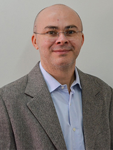 Méd. Vet. Raimundo Alberto Tostes (CRMV-PR nº 6800)